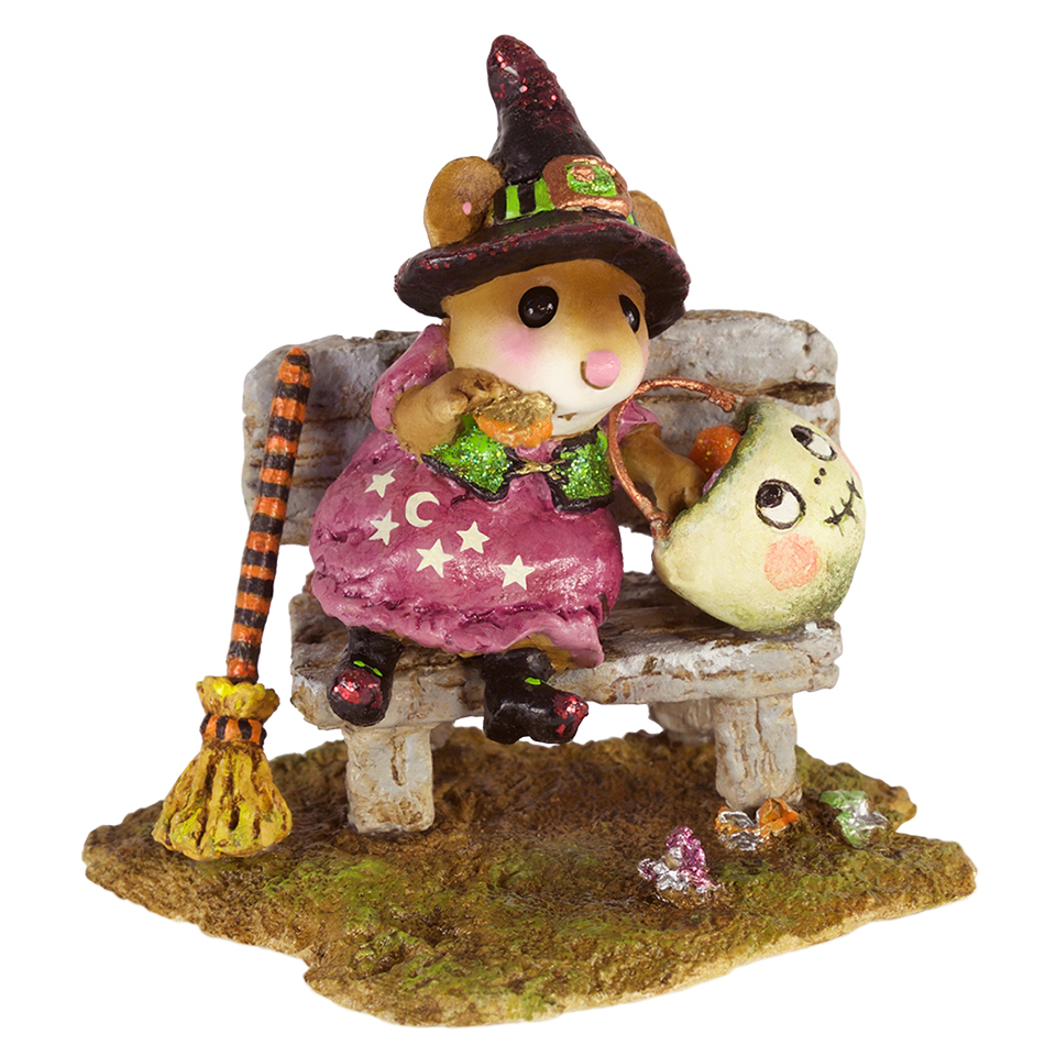 this little witch can finally stop to rummage through her stash